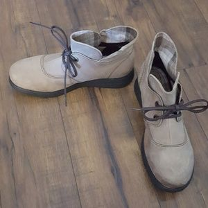 Born - Tan Suede Lace-up Booties